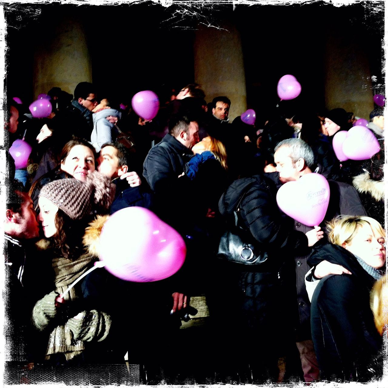 balloon, fun, real people, enjoyment, celebration, large group of people, men, young women, performance, togetherness, women, friendship, young adult, happiness, crowd, indoors, musician, people