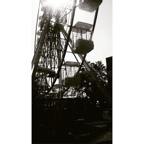 Roda mundo ,roda gigante Low Angle View RodaGigante Built Structure No People City Sky Day VistaLinda
