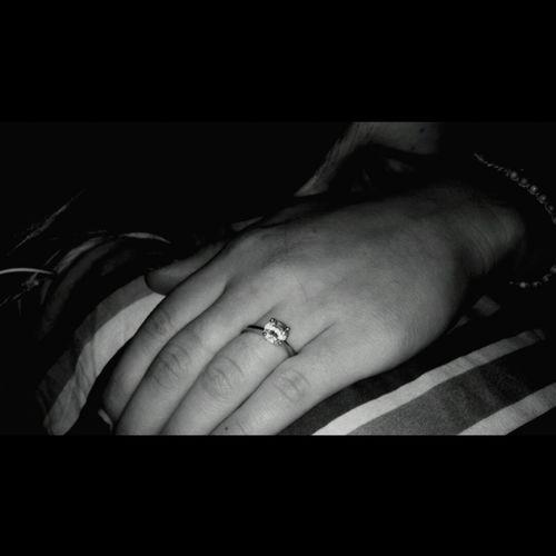 Un diamante è per sempre! 😍 👫 💏 💍 Love Diamond Ring Amore Mio ❤ Taking Photos Hello World MyLove❤ 220912 Beautiful Enjoying Life OpenEdit