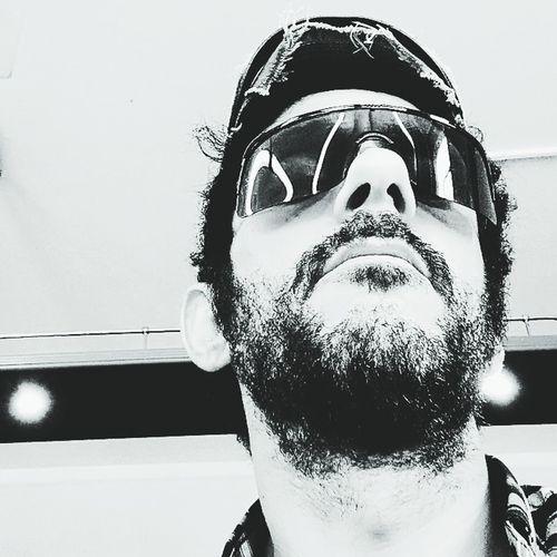 Io Selfie ✌ Gaymen Portrait Beard Headshot Front View Close-up