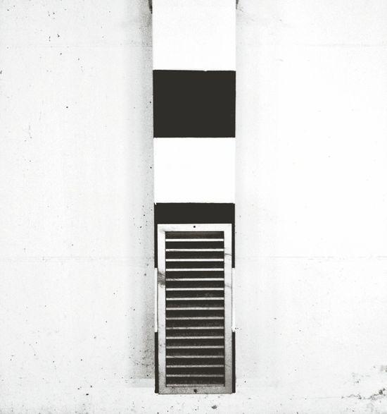 White. Black. Shapes. Capa Filter Blackandwhite Geometry Urban Exploration