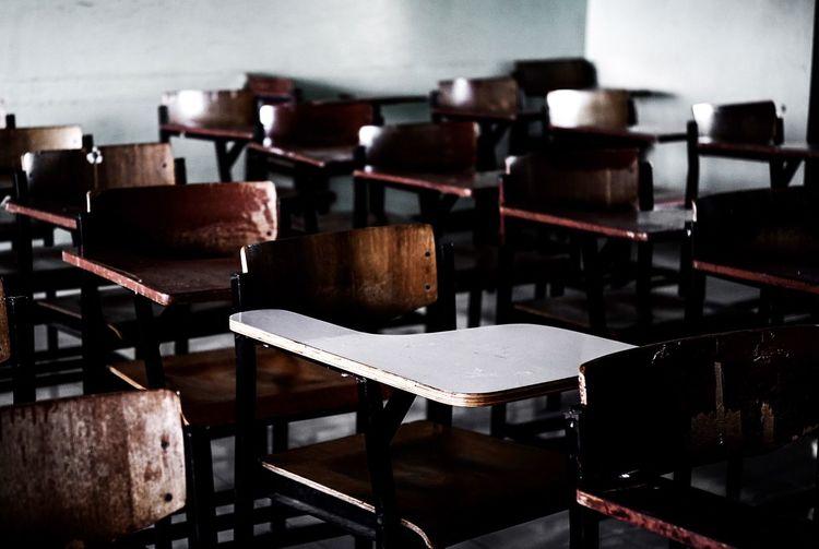 Diferrent Chair Empty Table Education Indoors  Contrast School School Life