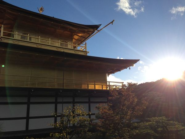 金閣寺 Kinkakuji Temple Kinkakuji Temple Of Japan 鹿苑寺(金閣寺)Kinkaku-ji Temple Japanese Temple Japan Sunshine