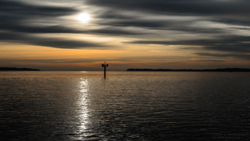 Good morning! Waterscape Water Reflections Solomon's Island Patuxant Sunrise Nature Sky Sky And Clouds Clouds Negative Space