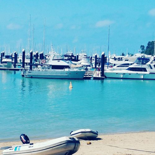 Great day spent at the beach. Yacht Harbor Beach Day Airlie Beach Airliebeach FunInTheSun☀️