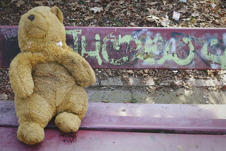 A little bit exhausted from all these easter activities! Open Edit Chilling Teddybear My Fuckin Berlin Getting Inspired Bench Streetphotography