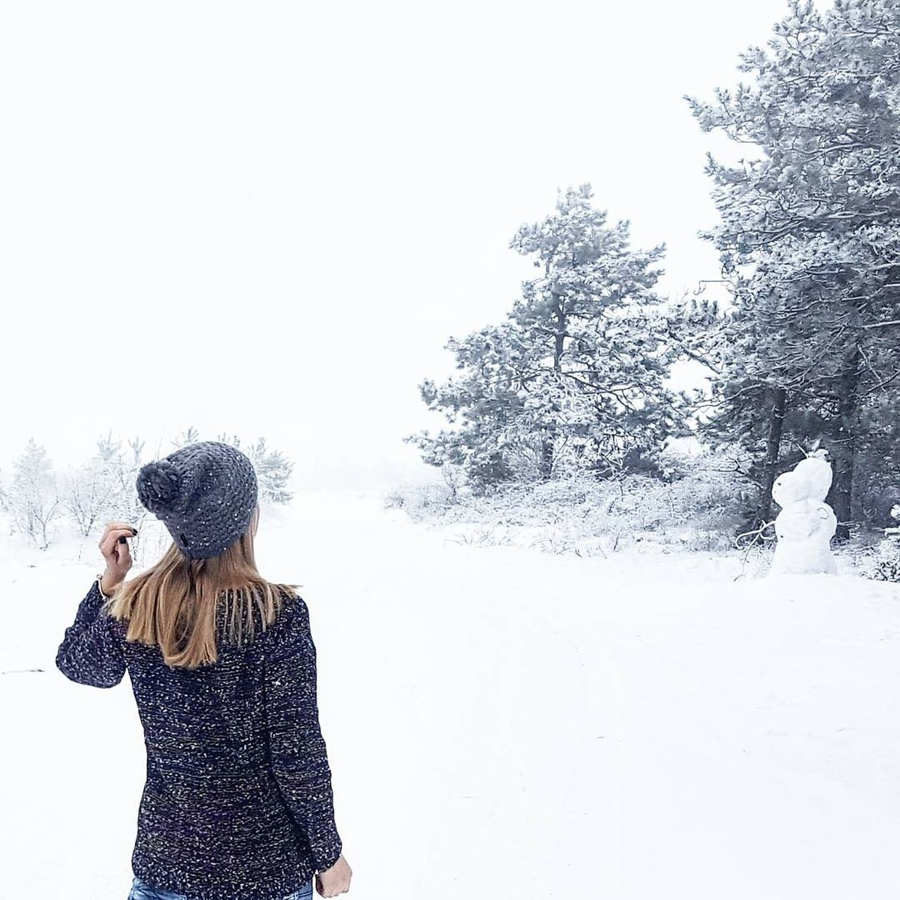 winter, snow, cold temperature, leisure activity, nature, tree, warm clothing, one person, outdoors, day, real people, standing, beauty in nature, lifestyles, clear sky, women, young women, young adult, sky, people