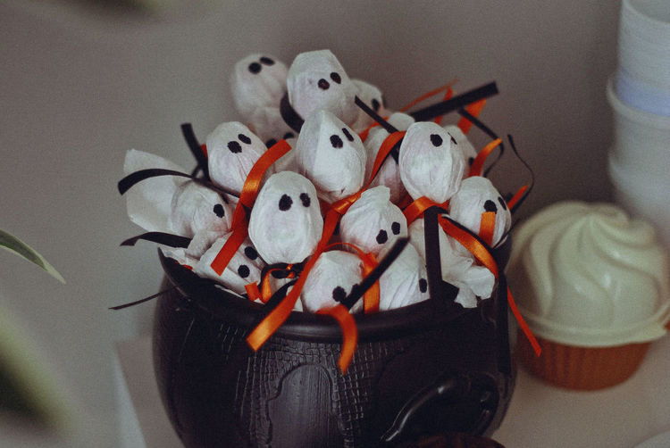 Halloween, 2017 Ghost Halloween Halloween Party Art And Craft Candy Celebration Close-up Craft Creativity Cute Decoration Figurine  Focus On Foreground Food Food Photography Holiday Human Representation Indoors  Lollipop No People Representation Small Still Life Stuffed Toy Toy