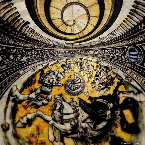 ArtWork Art Rotation Focus Arround Dresden