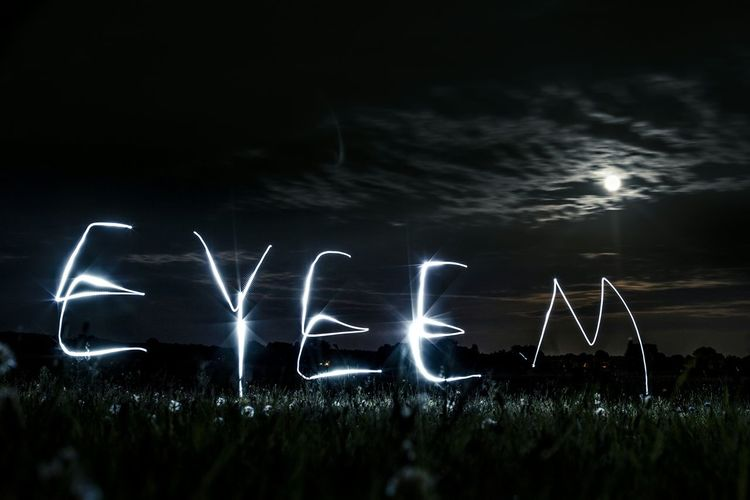 You are great! Over 5.000, i can't believe it. Thanks followers and many thanks @team of eyeem for this plattform. A little try lightpainting art for you. Followers Team EyeEm EyeemTeam 5k 5000 5000Freunde Thanks
