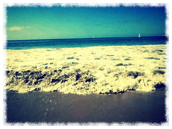 Watching the waves come and go On The Beach Watching Waves Pacific Ocean Californication
