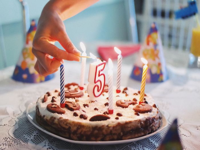 5 is a beautiful age... Food And Drink Birthday Candles Birthday Cake Food Sweet Food Human Hand Cake Candle Celebration Birthday Human Body Part Temptation Dessert Details Of My Life Party Birthday Party Freshness Indoors  Indulgence Table Enjoying Life Number Five Delicious Tasty The Week On EyeEm Food Stories The Still Life Photographer - 2018 EyeEm Awards