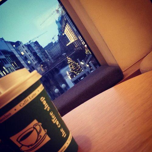Thecoffeeshop BackFromTheDead Hamburg Poststraße Um0830wenndiepoststraßenichtnachabercroombiestinkt