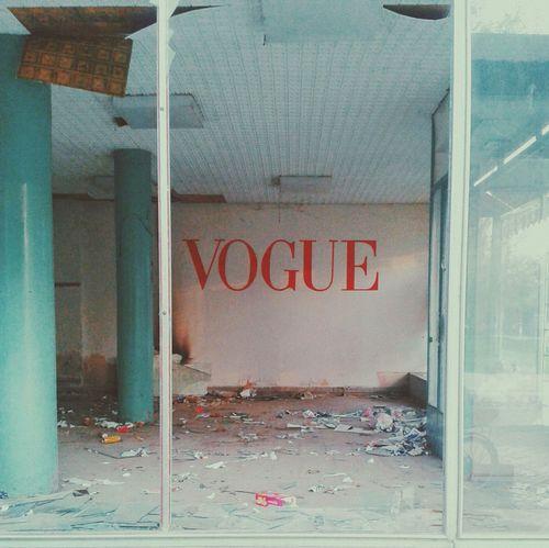 Vogue Vague Old Building  Boutique Ruins Fashion Windowshopping Haha
