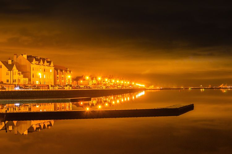 Night Waterfront Cloud - Sky Reflection Urban Skyline Street Light Illuminated Outdoors