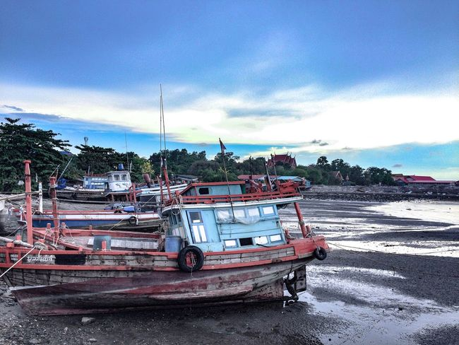 EyeEmNewHere EyeEmNewHere EyeEm Nature Lover Transportation Mode Of Transportation Nautical Vessel Sky Water Beach Nature Land Cloud - Sky Day Sea Outdoors No People Moored Sand Architecture Land Vehicle Tree Fishing Industry Fishing Boat