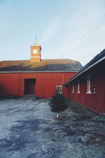 christmas on the farm History Red Architecture Building Exterior Outdoors Travel Destinations No People Built Structure Sky Day Politics And Government City Barn Farm Holiday - Event Farmhouse Winter Christmas Lights Christmaslights Architecture Tradition Christmas Christmas Tree Christmas Decoration Tree
