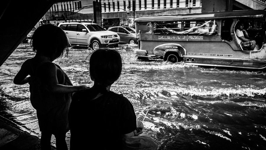 be patient my child, we will cross soon... RePicture Motherhood Streetphotography Streetphotography_bw Streetphotographyphilippines Manila Manila, Philippines Black And White Photography Motherandchild Hardlife RoughDay
