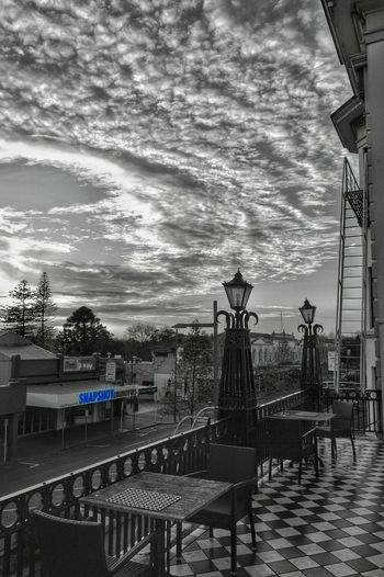 snapshot 😉 of the sunrise at Hamilton city NZ . . . . . or also known as . . . . the tron 😊😊 Landscape Colorsplash Hello World Eye4photography  Sky And Clouds Urban Geometry Having Fun Kiwi Clicker Architecture Check This Out
