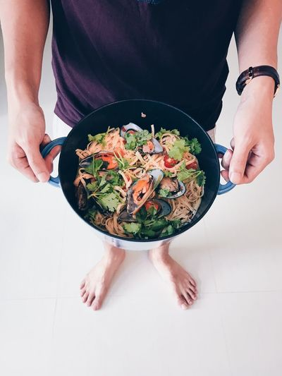 Pasta with mussel Food Food And Drink Human Hand Human Body Part One Person Healthy Eating Freshness Wellbeing Indoors  Holding High Angle View Ready-to-eat Salad Midsection Vegetable Table Women Adult Hand