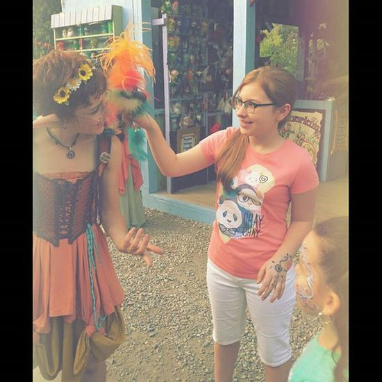 Nali having a moment with the Elf and her little dragon @nofvxks Elf Renaissancefestival Moment