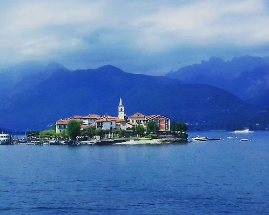 Architecture Beach Sky Vacations Building Exterior Travel Destinations Travel Vacations Traveling Photography Stresa Italy Stresa Stresa2017 Your Ticket To Europe Maggiore Lake Maggiore Perspectives On Nature