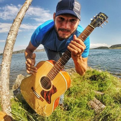 • a lucky shot • [TstGoPro ] My GoPro was in time lapse mode and snapped me like this. :-) • Tstcanada with @explorecanada & @nfldandlabrador • TstGuitar with @gibsonguitar & @gopro • Explorecanada TravelNL Gibson GoPro • Travel Canada Newfoundland Trinity •