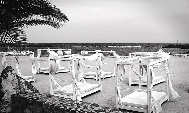 """Traum""strand Beach Strand Sea Seaside Meer Sea View Sea And Sky Island Fuerteventura Bed Bett Schlafen Sleeping EyeEmNewHere EyeEmNewHere"
