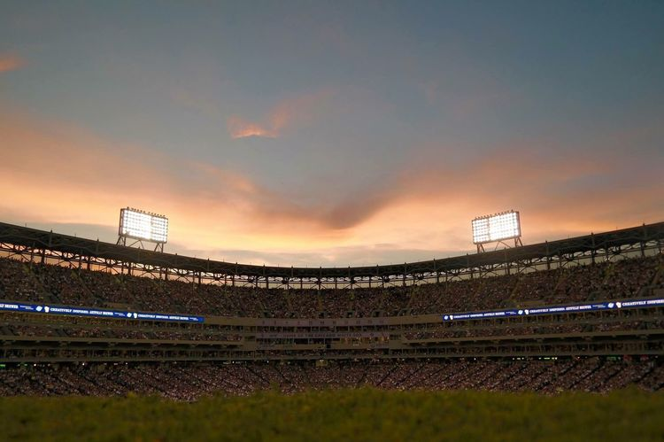 Check This Out Hello World Taking Photos Enjoying Life Colorful Sky And Clouds No Filter Beautiful Mlb Myteam Americasgame Baseball Uscellularfield Chicagowhitesox Chicagocubs CrossTownClassic Baseball Field Chicago Sunset