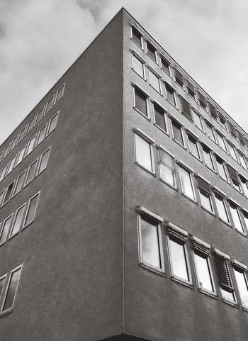 Grey as grey can be. Safe your light for darker days. http://youtu.be/TGMeysbiZjg Monochrome Blackandwhite Black & White Black And White Black&white Blackandwhite Photography Architecture Architecture_bw Building IPhoneography