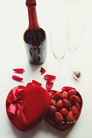 Red Wineglass Food And Drink Studio Shot Heart Shape Food Red Wine Bowl Healthy Eating Celebration Wine Drinking Glass No People White Background Drink Freshness Indoors