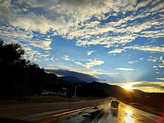 Road Mountain Landscape Outdoors Sunset Nature Sky My Point Of View Sunlight And Shadow Beauty Around Me Sunburst Colors Google Pixel XL Colorado Pikes Peak In Colorado Mountains Are Calling Me Headed Home Sunset_collection Sunsets Sun Burst