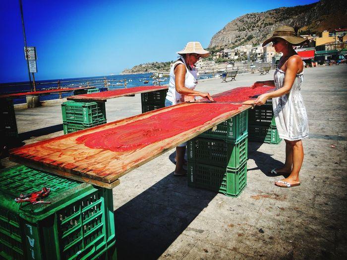 Estratto Di Pomodoro Siciliano Tomato Real People Lifestyles Women
