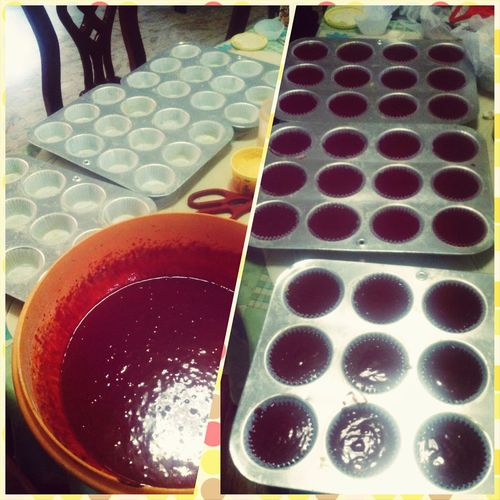 Since i'm sick and stuck at home with nothing to do, here's what happened! Cravings Baking101 Redvelvetcupcake Sweettooth