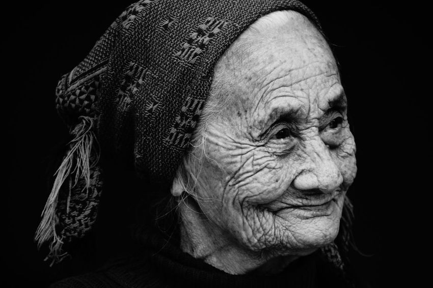 this old lady in small vietnamese village posed for me an my cameraB&w Street Photography Natural Light Portrait Black And White Black And White Photography Close Up Confidence  Extreme Close Up EyeEm Best Shots Faces Of EyeEm Friendly Full Frame Furrows Grandma On The Way Fine Art Photography Lifetime Old But Awesome My Best Photo 2015 Portrait Portrait Of A Woman Satisfaction Smile Woman Feel The Journey Monochrome Photography Welcome To Black Inner Power