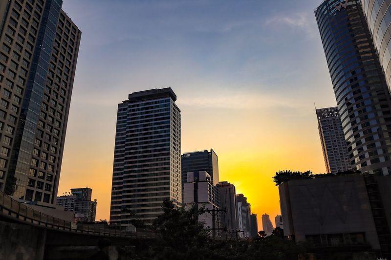 Sun down Sky