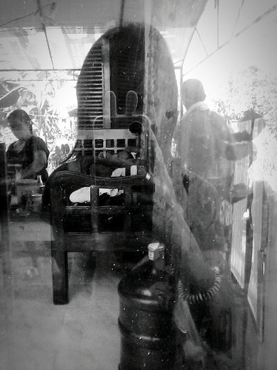 Selfie Mirror Reflect Eyeemphotography Eyeemgallery Eyeemph Blackandhite Staringback