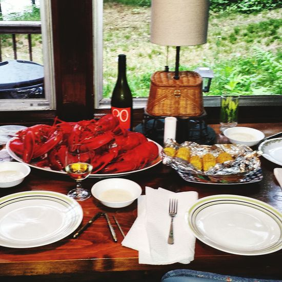 Mainephotography Lobsters Grilledcornonthecob Whitewine Maine The Way Life Should Be Camp Lobstah Mainelife Maine Lobster Dinner