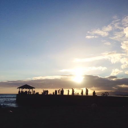 Sunset that is visible from Waikiki Beach🌇