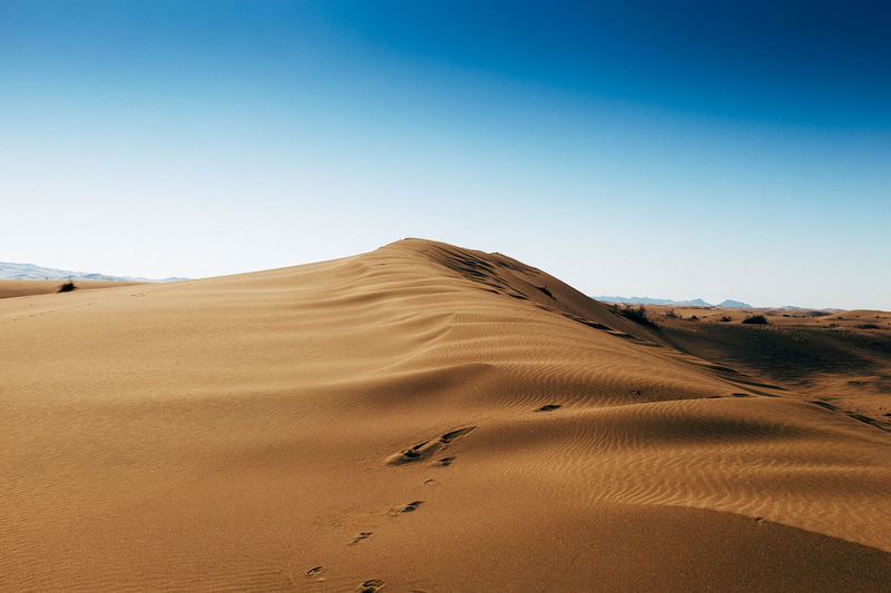Maranjab desert near Kashan Iran Desert Deserts Around The World Dune Iran Landscape Maranjab Desert Sand Sand Dunes