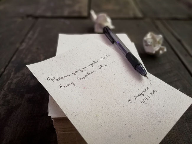 Pen Text Ink Paper Diary Note Pad Fountain Pen Wood - Material Table Studio Shot