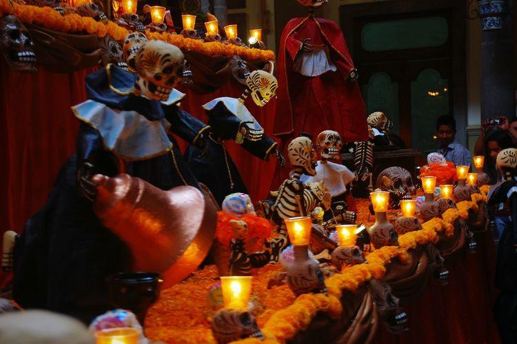 Altar De Muertos Dia De Los Muertos Cultura Mexicana Calaveras Muerte EyeEm Gallery