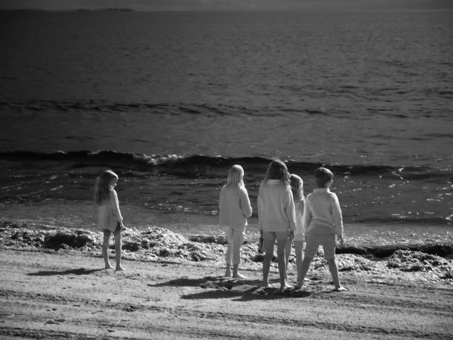 Beauty In Nature Day Five People Horizon Over Water Infrared Photography Leisure Activity Lifestyles Nature Outdoors Scenics Sea Shore Vacations Water