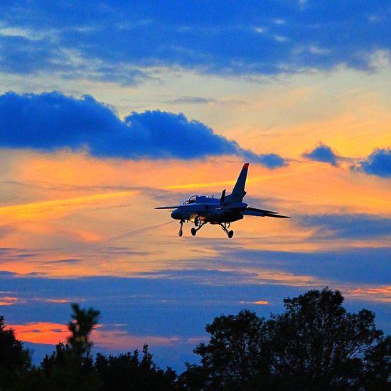 夜間飛行訓練 Sky Sunset Airplane EyeEm Best Shots