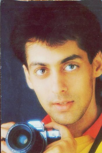 Ahh.. And certainly i loved dis era of 90's.. Salmankhan Bollywood Bhai Dashing Handsome Boy Prince Charming Superstar