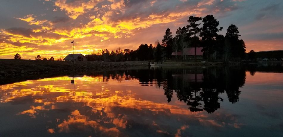 Pagosa Springs, CO Sunset Reflection Cloud - Sky Lake Water Sky Silhouette Tranquility Outdoors Night Tree Nature Dawn No People Beauty In Nature Samsung Galaxy Note 8 Dramatic Sky Red Scenics Love Clouds And Sky Landscape EyeEmNewHere