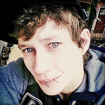 Nice Blue Eyes.. Dyke  Lesbian Bofinho