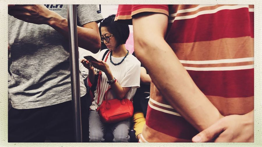Streetphotography Subway Real People Auto Post Production Filter People Indoors  Transfer Print Lifestyles Young Adult Furniture Home Interior Casual Clothing Leisure Activity Front View Bed Young Women Young Men Adult Men Waist Up Relaxation