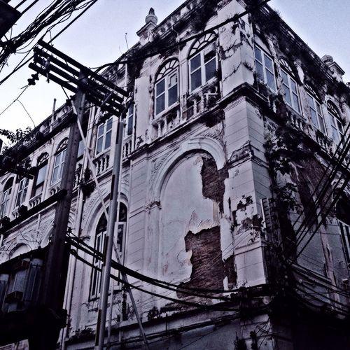 Old Buildings Blackandwhite Urban Exploration Walking Around Walking Around The City  Old Architecture Old Is Gold Bangkok