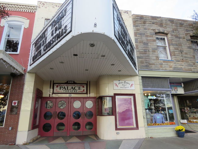 The Palace Old Movie Theaters Cape Charles JustGPhotos Photography Capture The Moment Streetphotography